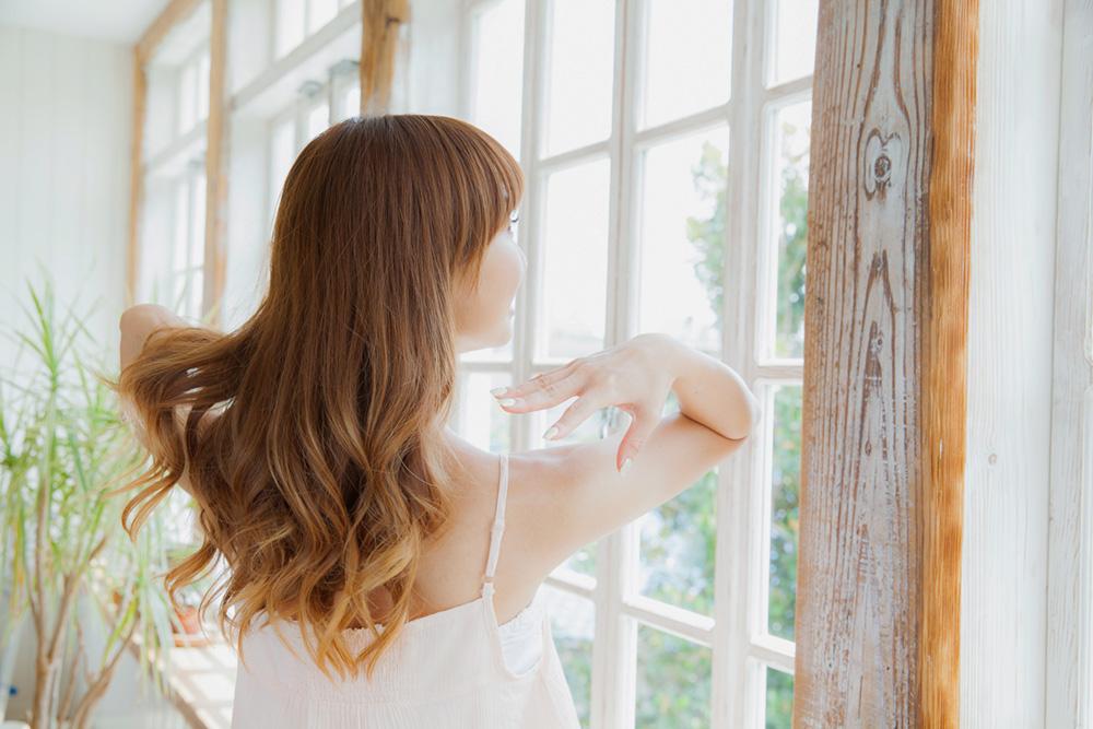 「せっかくの髪がパサパサだと台無しに…正しいヘアケアで「うれしくなる髪」手に入れましょう!」