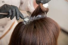 【長浜市でカラーの得意なヘアサロン】白髪の原因 カラー剤の違い・ご自宅でのカラーについて | 髪ゆう-KAMI YOU-